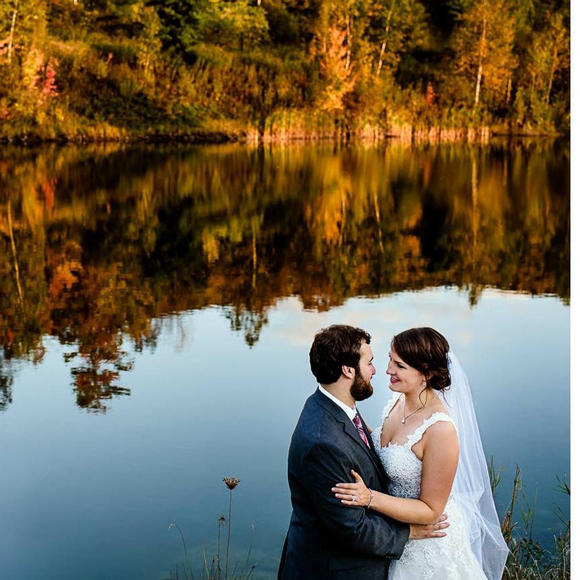 Brida and groom at The Ponds